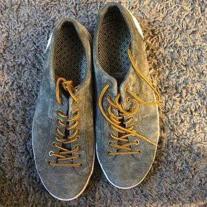 Gray Columbia shoes. Men's 13.